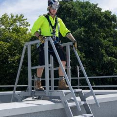 stay-safe-stepladders-stairs-platforms-450x675